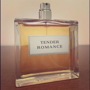 Ralph Lauren Tender Romance Eau de Parfum 3.4Oz.